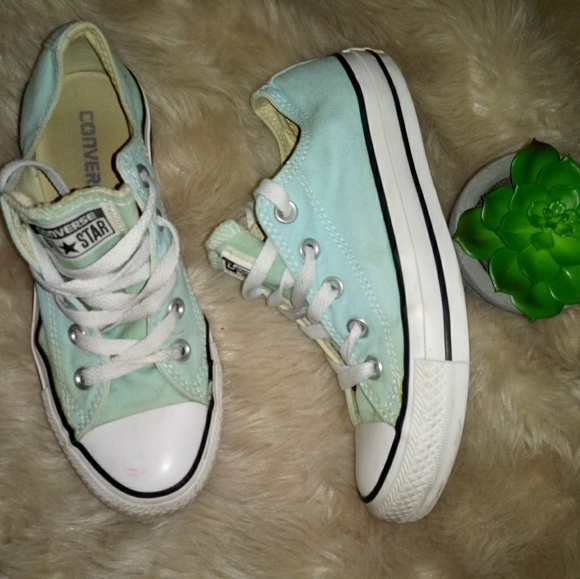 Converse Other - Converse mint color canvas shoes size 4y